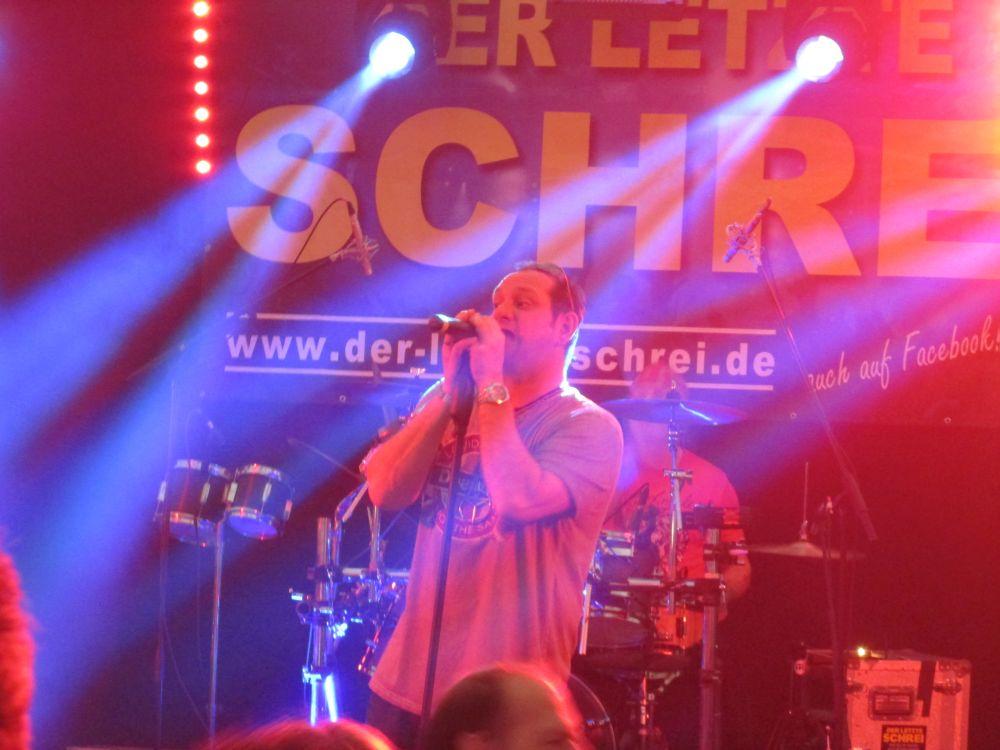 Sänger Claus Schäfer.