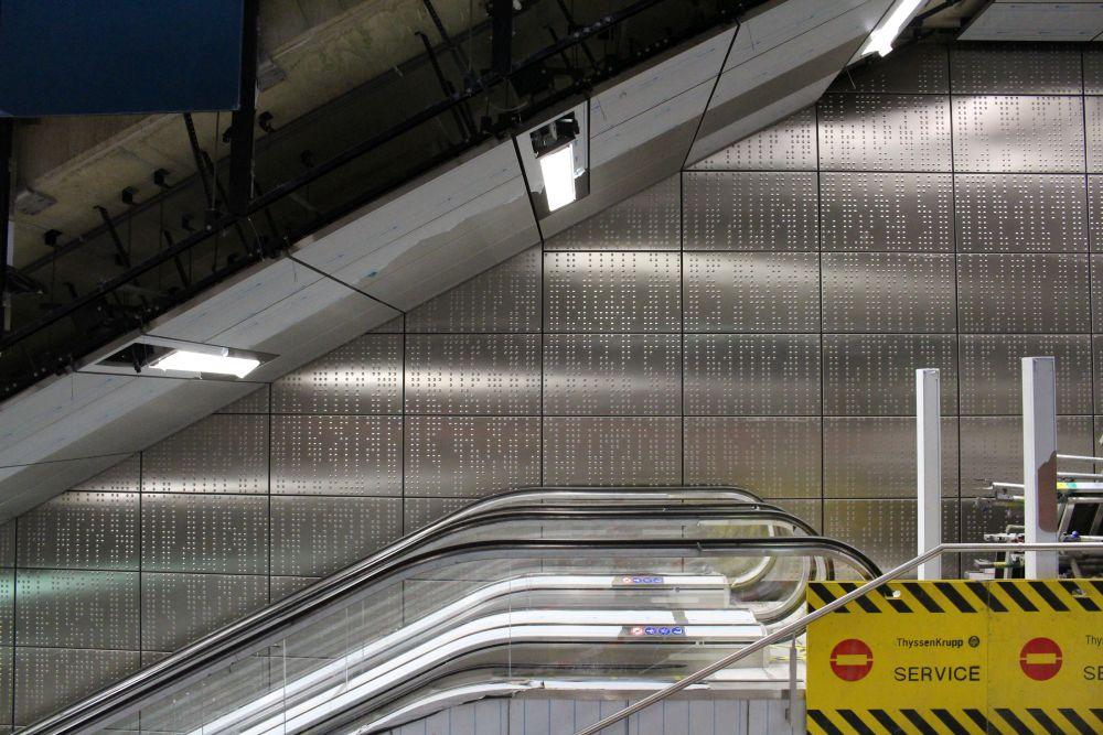 Bilder wie diese lassen erahnen, wie futuristisch der Bahnhof einmal sein wird.