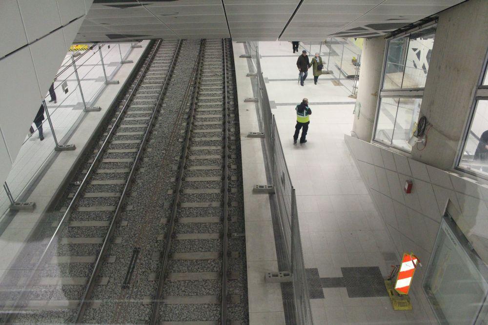 Blick vom Übergang in die U-Bahnstation.